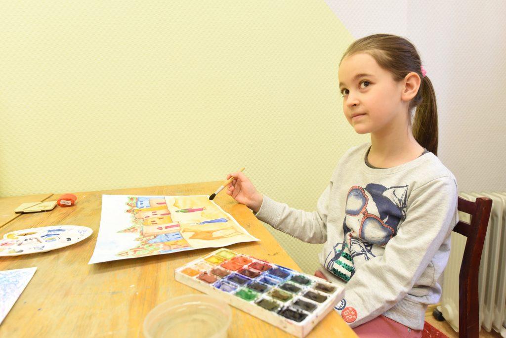 Выставку детских рисунков о Марокко представили в библиотеке №163