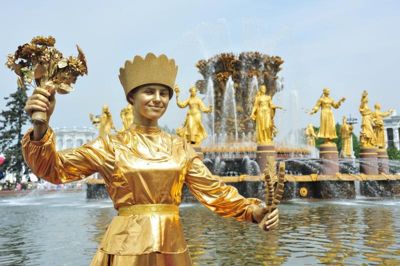 В Москве завершается реставрация ансамблей фонтанов на ВДНХ и в «Лужниках»