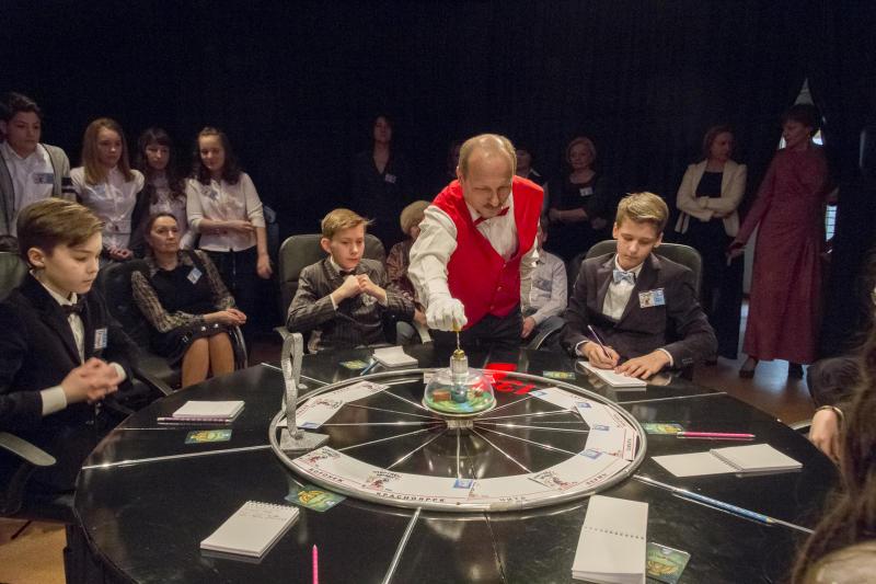 Интеллектуальную игру для школьников устроят члены Молодежной палаты Царицына. Фото: Сара Зицерман, «Вечерняя Москва»