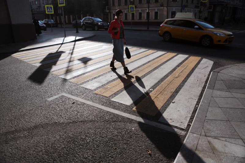 Устройство пешеходных переходов и разворотной площадки для общественного транспорта запланировано на весну-лето в Царицыне. Фото: архив, «Вечерняя Москва»