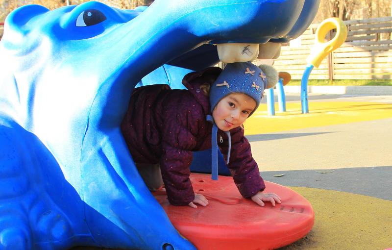 Новый игровой комплекс установят на детской площадке на Харьковской улице