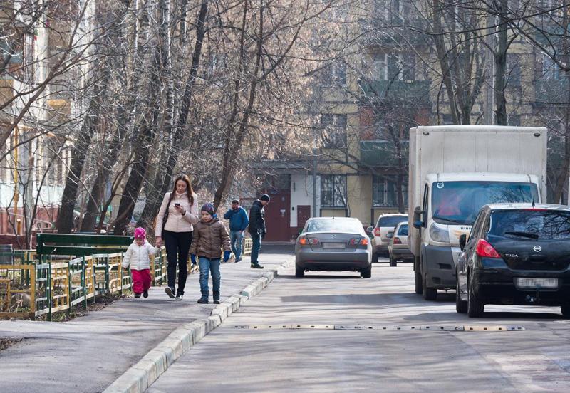 Новые парковочные карманы обустроят в Нагорном районе