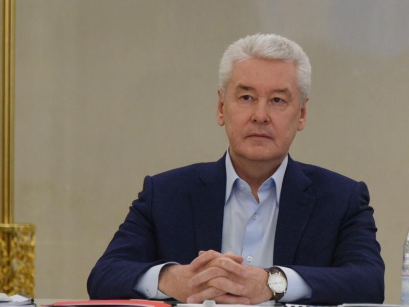 Собянин повысил социальные выплаты донорам на 20%