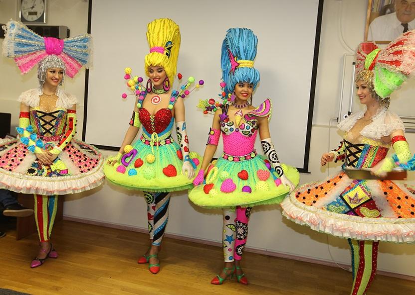 Цирковые артисты провели праздник для маленьких пациентов Центра онкологии имени Блохина