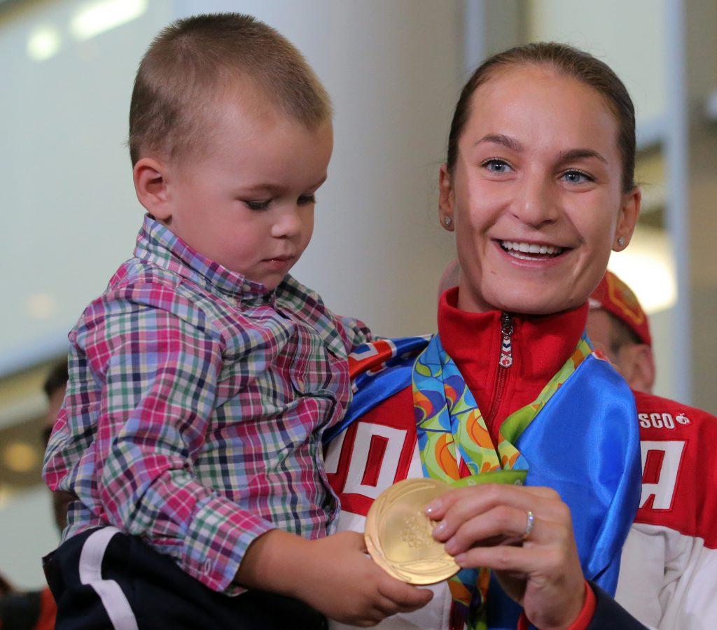 Софья Великая: Мой сын Олег уже умеет правильно держать саблю