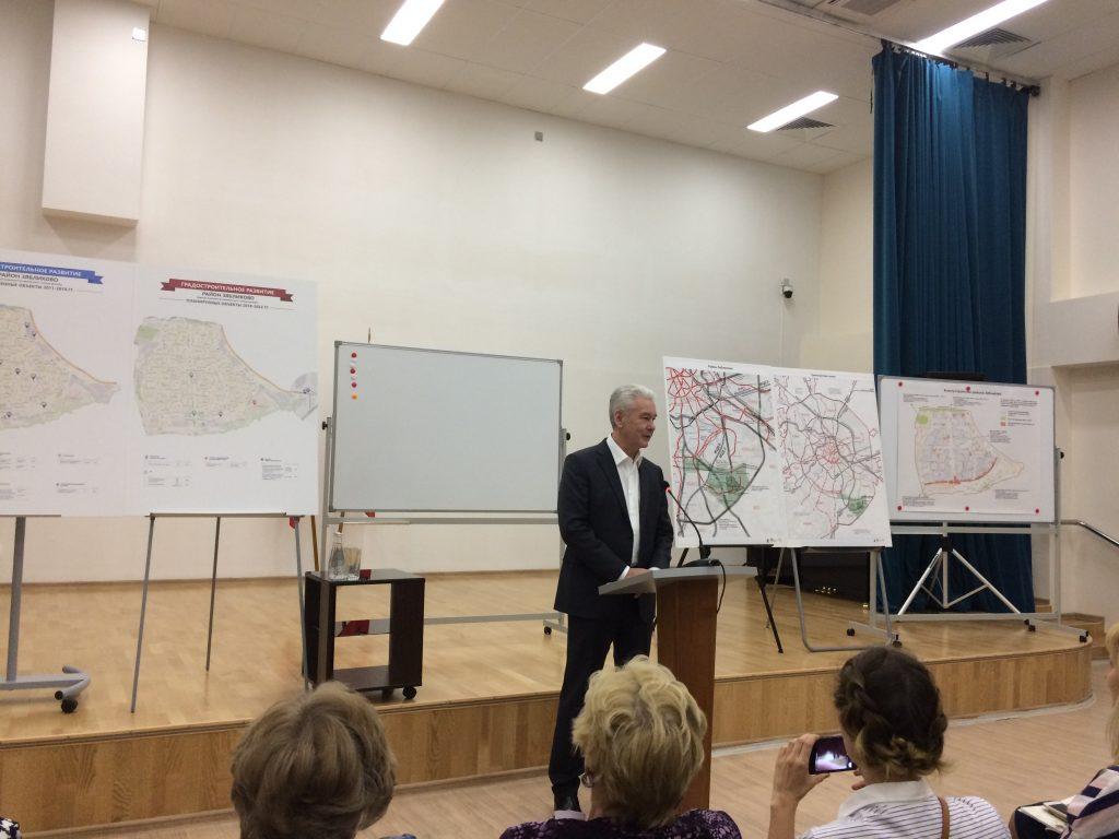 Мэр Москвы Сергей Собянин встретился с жителями района Зябликово 21 мая 2018 года. Фото: Анна Быкова