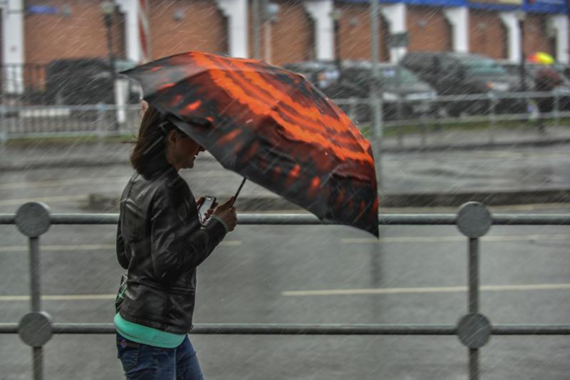 Москвичей ожидают дождливые выходные