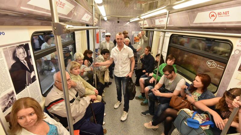 Предупреждающие о кражах стикеры появятся в московском метро