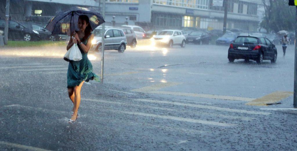Москвичей предупредили об усилении ветра. Фото: Анна Иванцова
