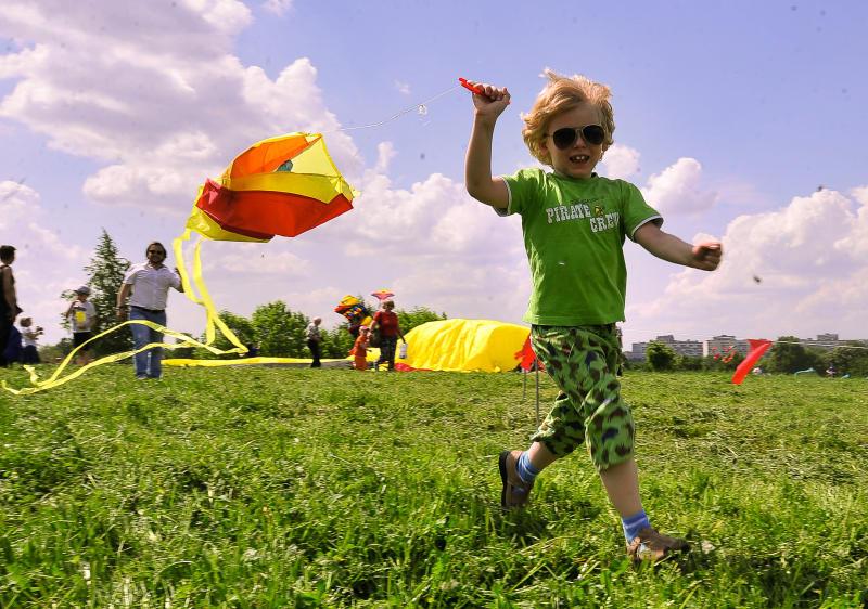 «Царицыно» приглашает на XVI Весенний фестиваль воздушных змеев «Пестрое небо». Фото: Пелагия Замятина, «Вечерняя Москва»