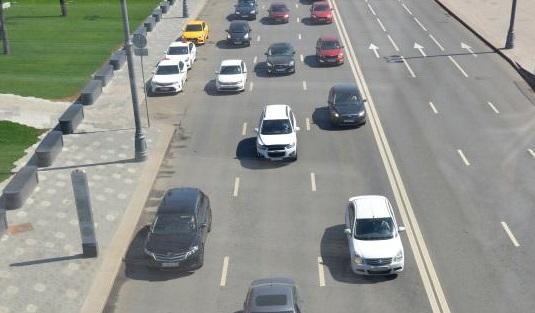 Аварийность на дорогах Москвы в январе-апреле снизилась более чем на три процента. Фото: Анна Быкова, «Вечерняя Москва»