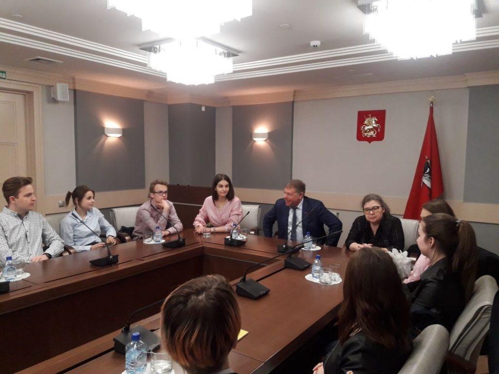 Молодые парламентарии округа посетят Городскую Думу