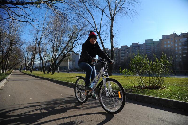 Жители столицы приняли участие в ежегодной велогонке