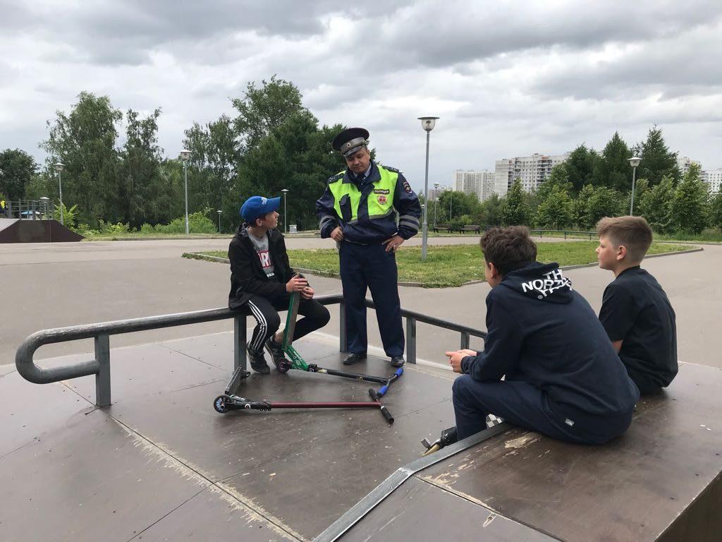 На юге Москвы продолжается акция «Безопасный велосипед». Фото: Пресс-группа УВД по ЮАО ГУ МВД России по г. Москве