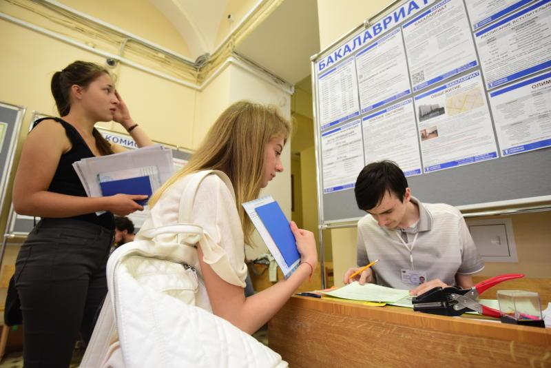 Количество бюджетных мест в МГУ не изменится