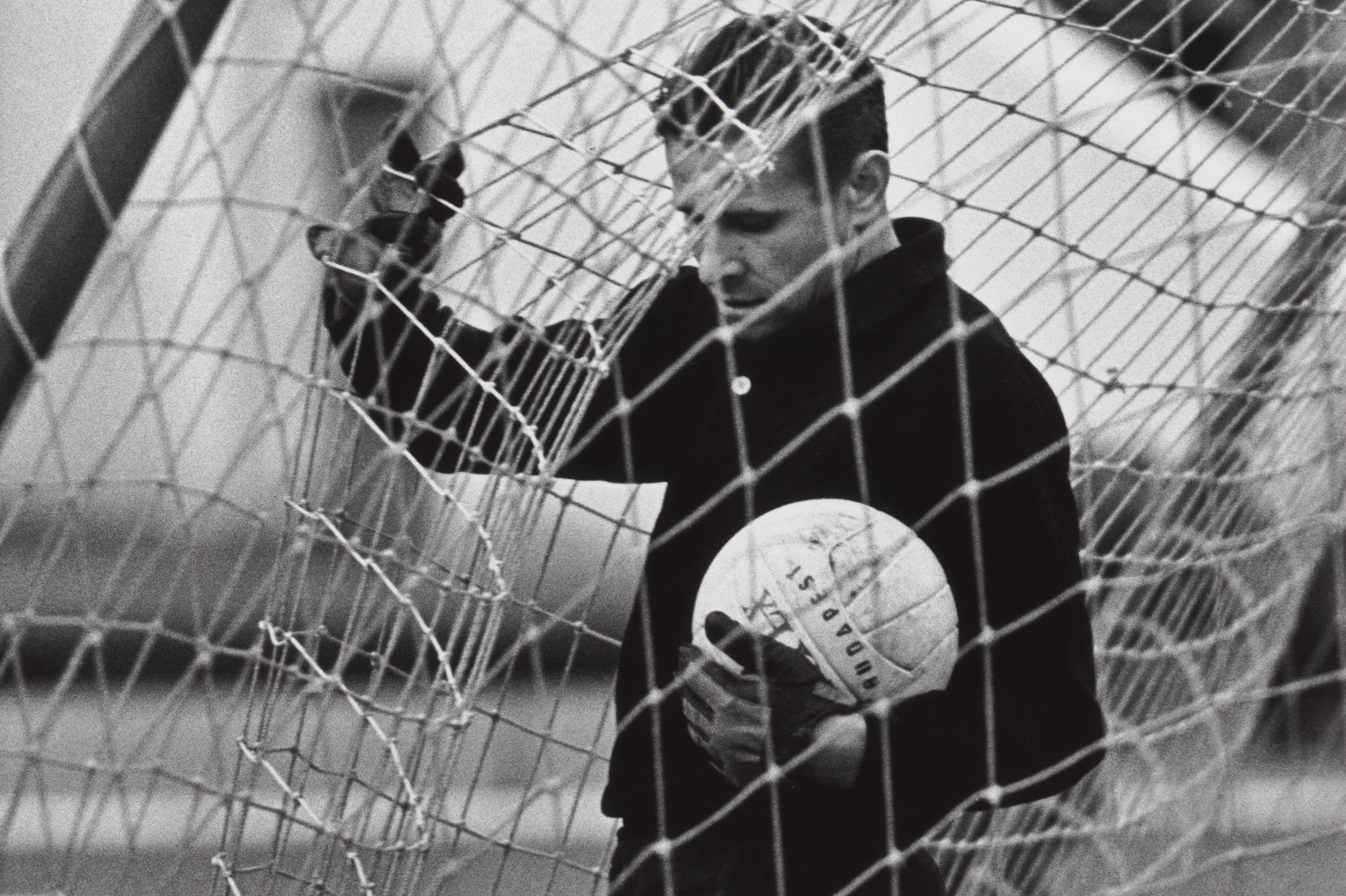 Выставка советских фотографов «Спорт — это искусство» открылась в ИРРИ