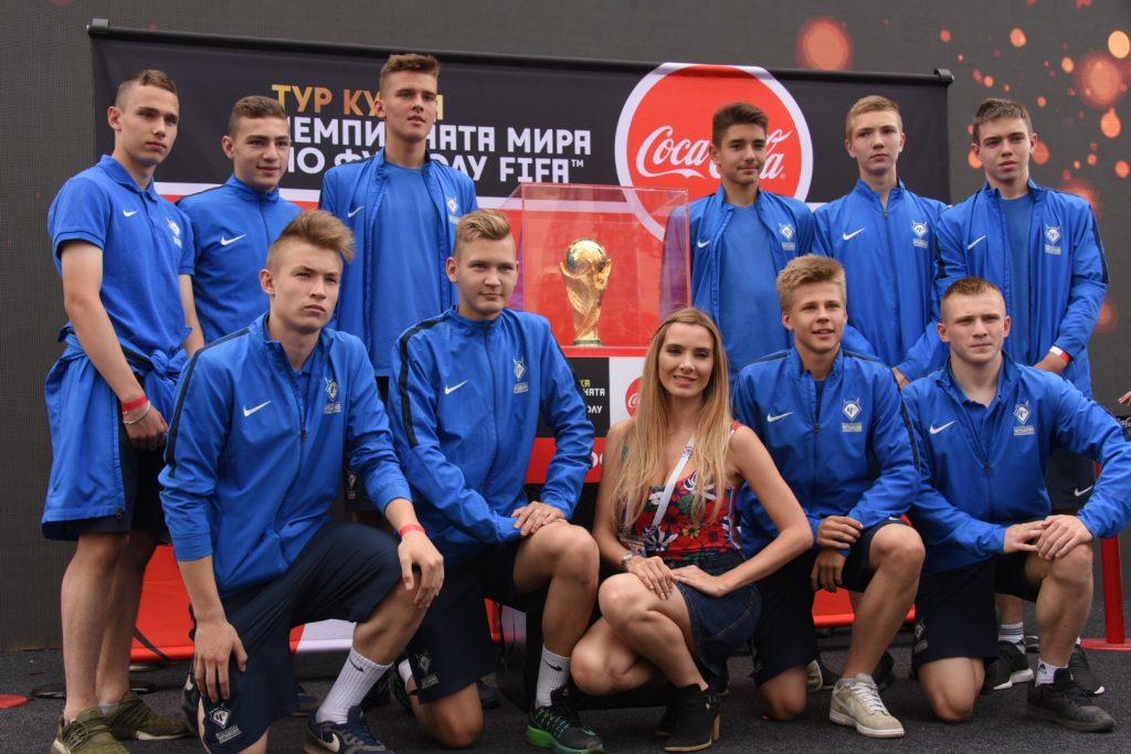 Кубок Чемпионата мира по футболу привезут к воспитанникам «Чертанова»