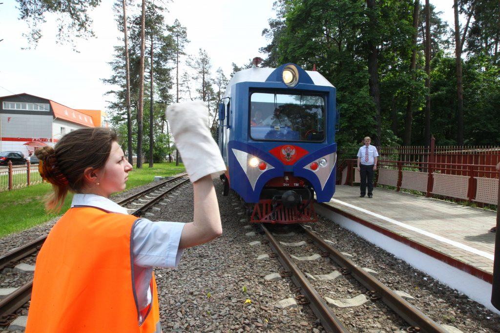 Строительство детской железной дороги анонсировали в Москве