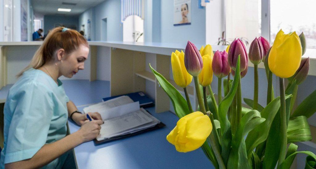 Москва отправит врачей на уроки вежливости
