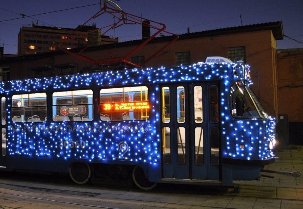 Праздник к нам приходит: тематический трамвай украсят в День транспорта