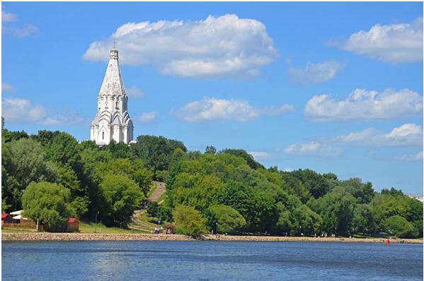 Министерство культуры России поддержало проект по подключению подсветки на Храме Вознесения. Фото: Анна Быкова