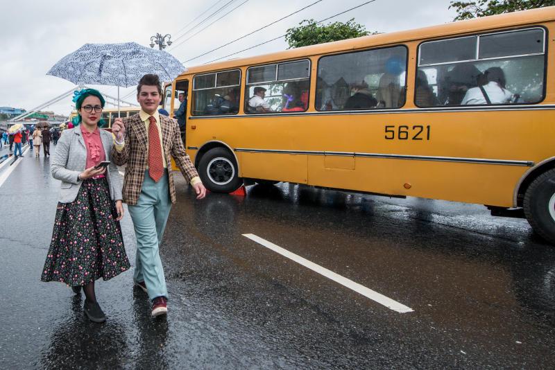 Более 100 человек отметили День московского транспорта