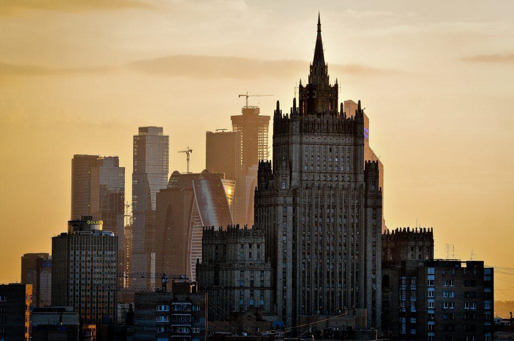 Москвичам пообещали жаркие выходные