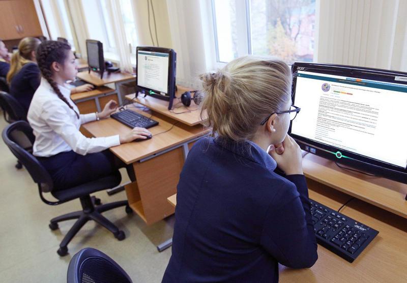 Школьницы из Зябликова победили в конкурсе по IT-технологиям