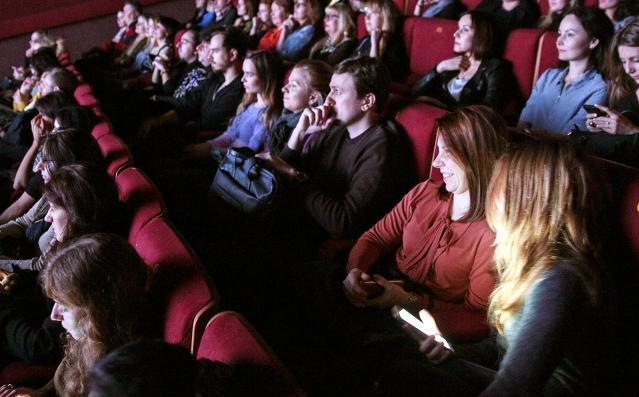 Галерея «На Каширке» устроит кинопоказ фильма «Маяковский смеется»