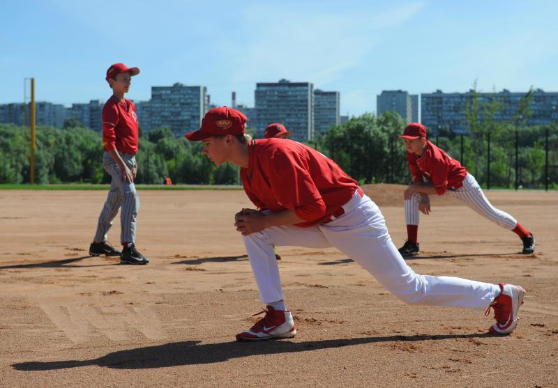 Открытие Международного турнира по бейсболу состоялось в Братееве. Фото: Александр Кожохин, «Вечерняя Москва»
