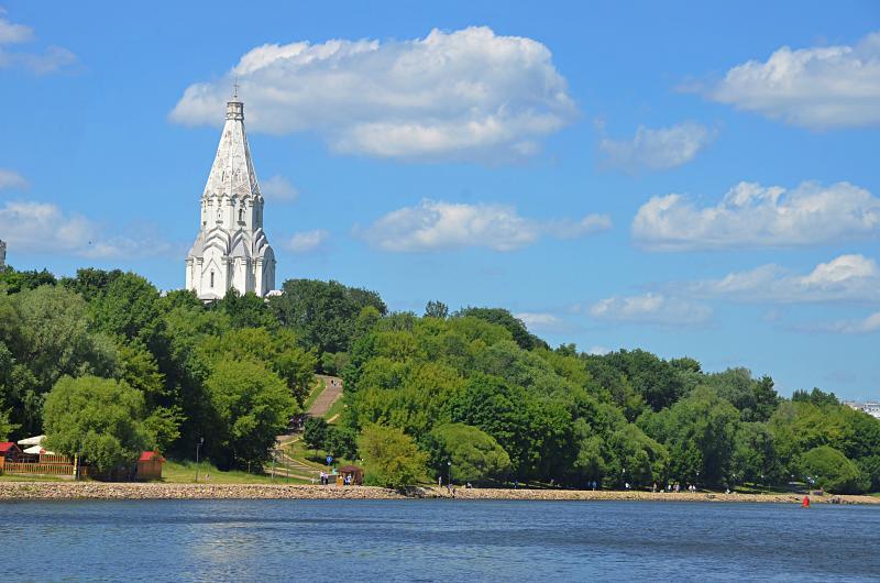Более одной тысячи участников «Московского долголетия» станцуют в «Коломенском»