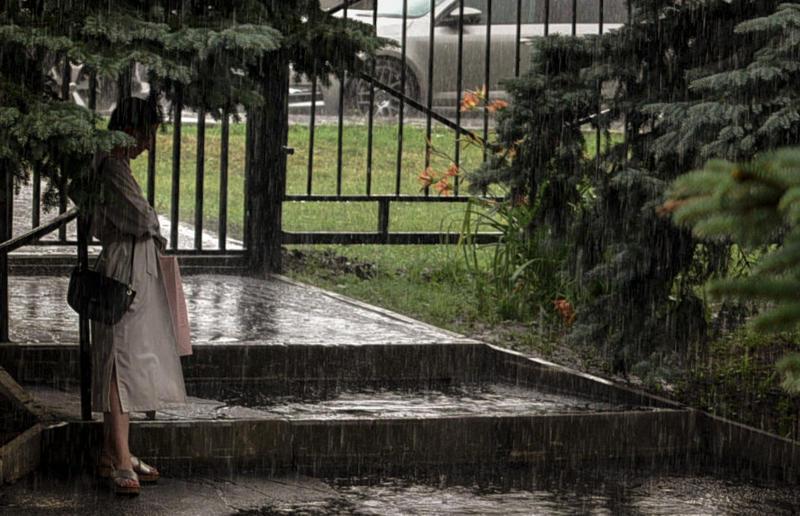 Москвичей накроют ливни в середине недели