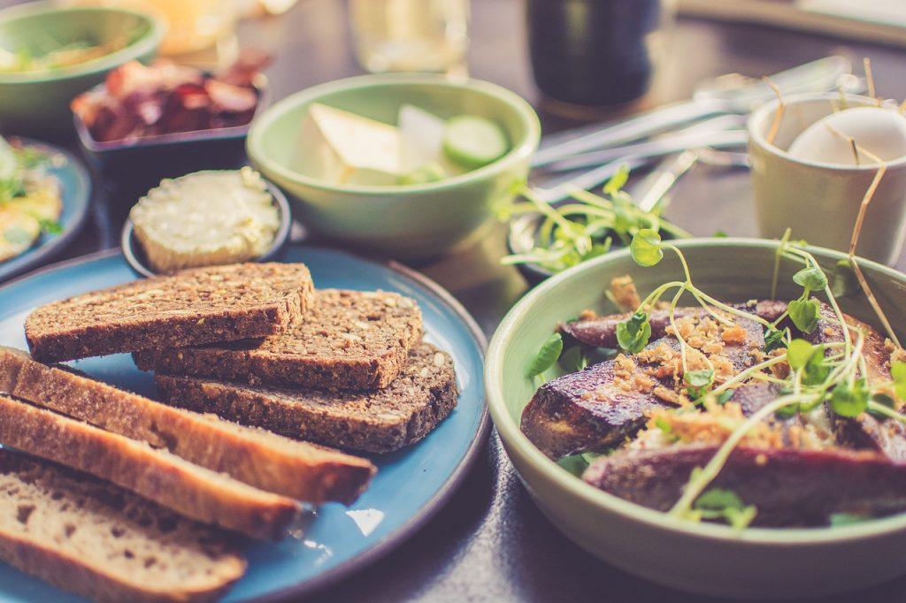 Диетологи: «Правильное питание» приводит к ожирению