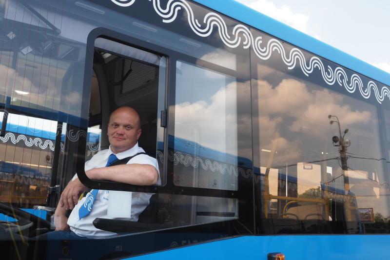 Поручение исполнили: остановку автобусов до Видного и Подольска перенесли от станции «Аннино»