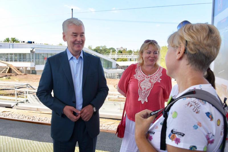 Собянин открыл новую платформу железнодорожной станции «Окружная»