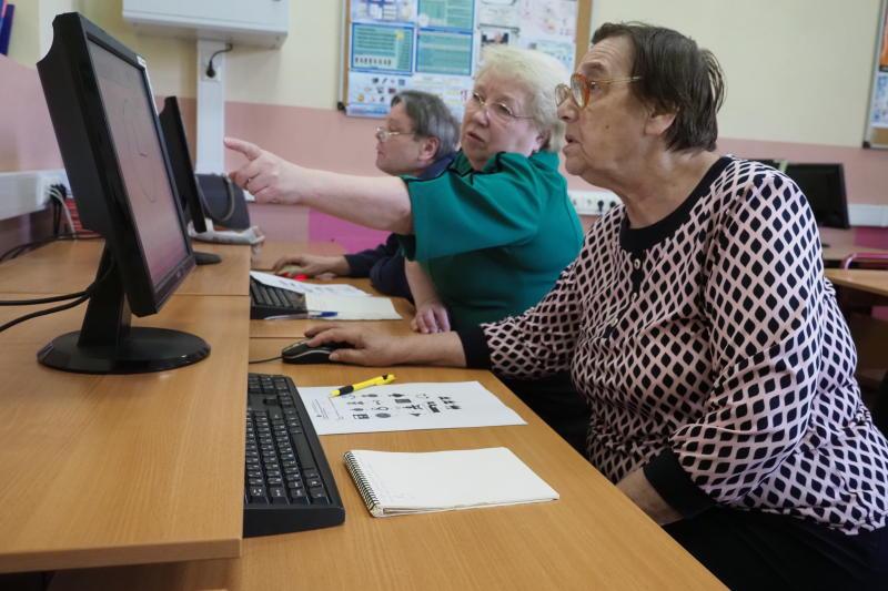 Каждый день граждане 55 тысяч раз обращаются к электронным сервисам ПФР через личный кабинет