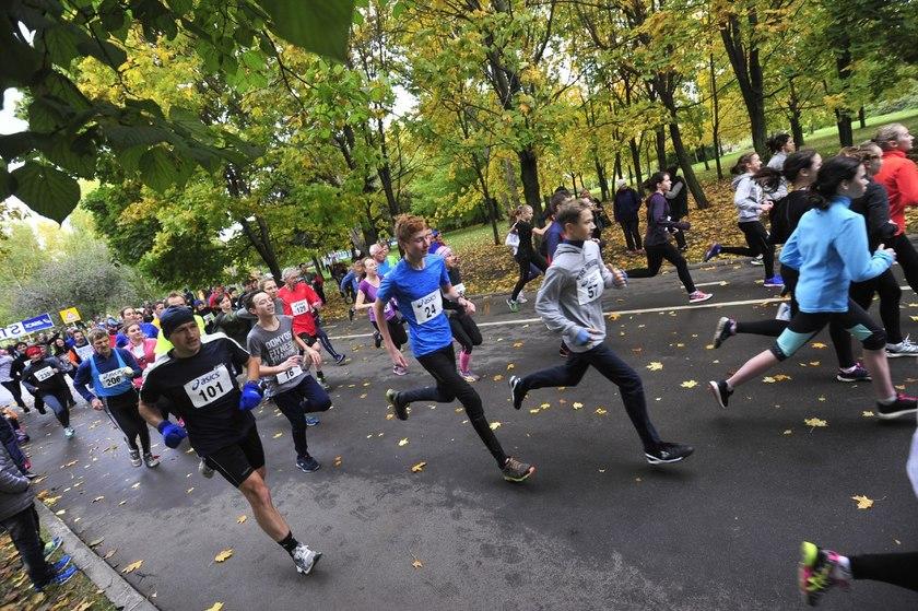 Легкоатлетический кросс памяти Михаила Полторака организуют в парке «Садовники»