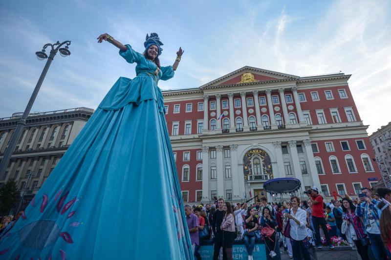 В столицеРФ впраздновании Дня города участвовали около 5 млн человек