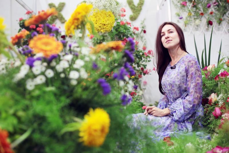 Букеты из сухофруктов и свежих цветов научат составлять в Доме культуры «Загорье»