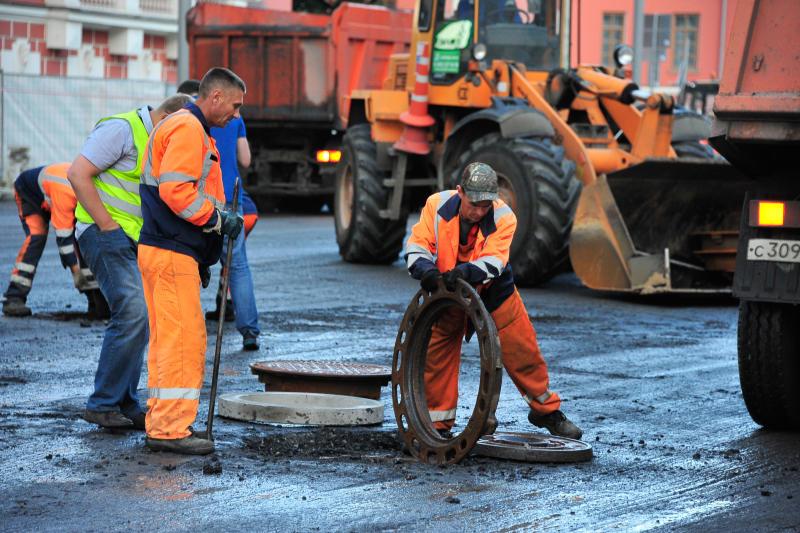 Специалисты отремонтируют тротуары и проезжую часть в Даниловском районе