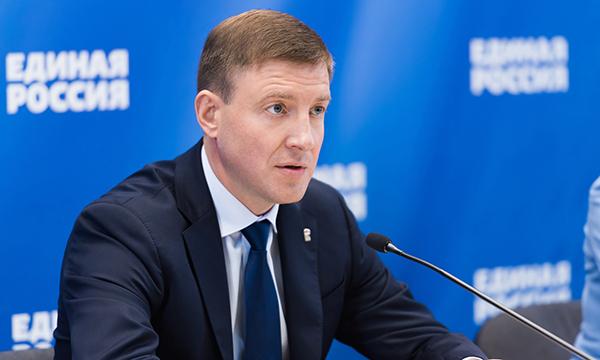 Андрей Турчак: В парламенты всех 85 субъектов России внесены законопроекты о сохранении региональных льгот для людей предпенсионного возраста