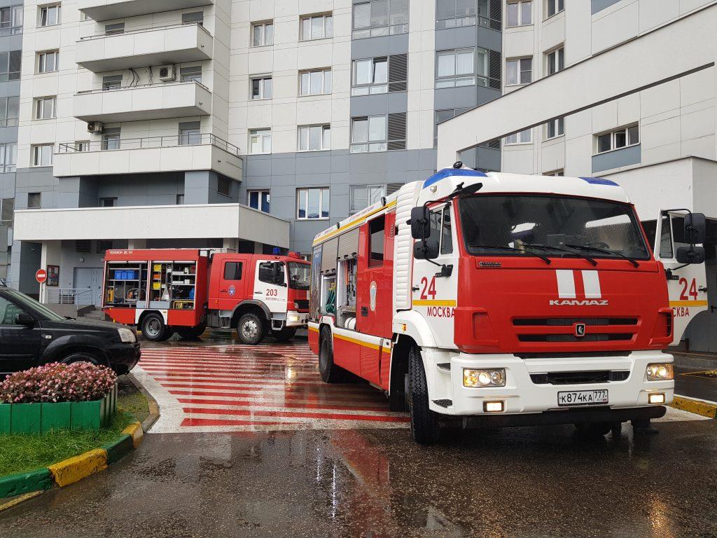 На объектах столичного жилищного комплекса регулярно проводятся пожарно-тактические учения.