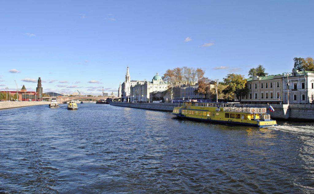 Комфортная осенняя погода сохранится в столице. Фото: Василя Махиянова, «Вечерняя Москва»