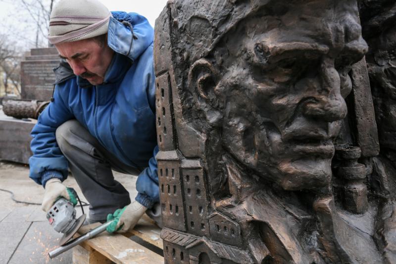 Принимавшим участие в строительстве Нагатинского Затона москвичам поставят памятник