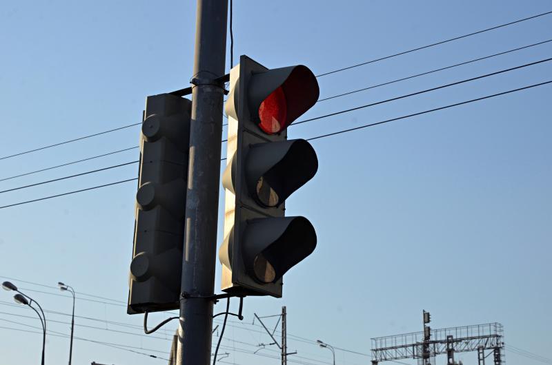 Режим работы светофора на переходе между Кустанайской и Шипиловской изменили по просьбе горожан