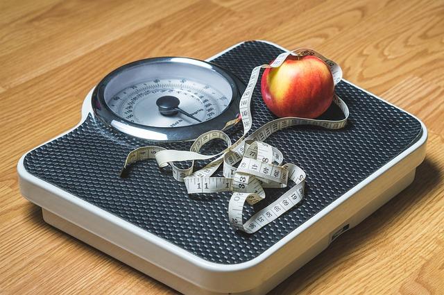 В Мосгордуме назвали причину ожирения у подростков