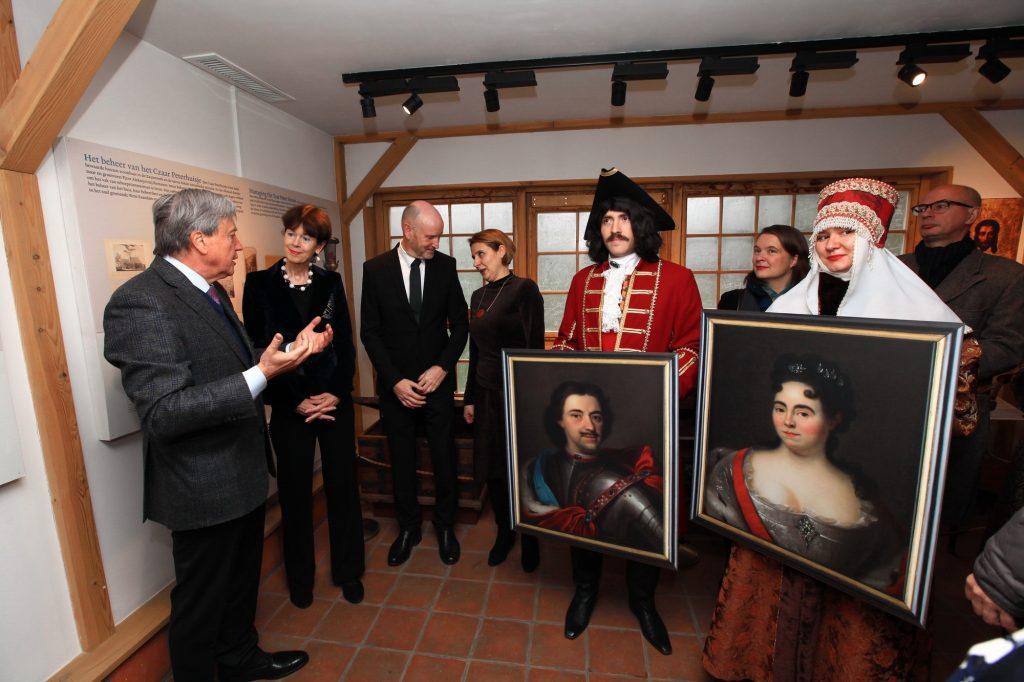Посол Королевства Нидерландов посетил «Коломенское» в честь юбилея домика Петра I