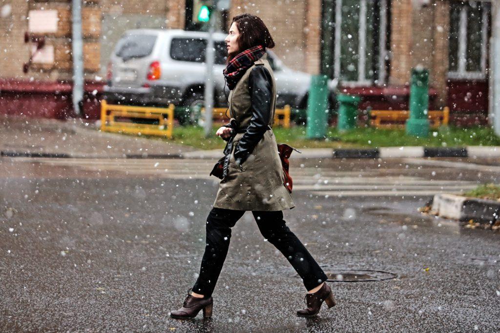 Выходные принесут в Москву заморозки и снег