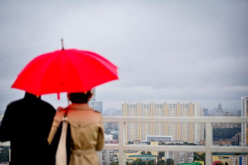 Москвичей ждет пасмурная погода. Фото: Александр Казаков