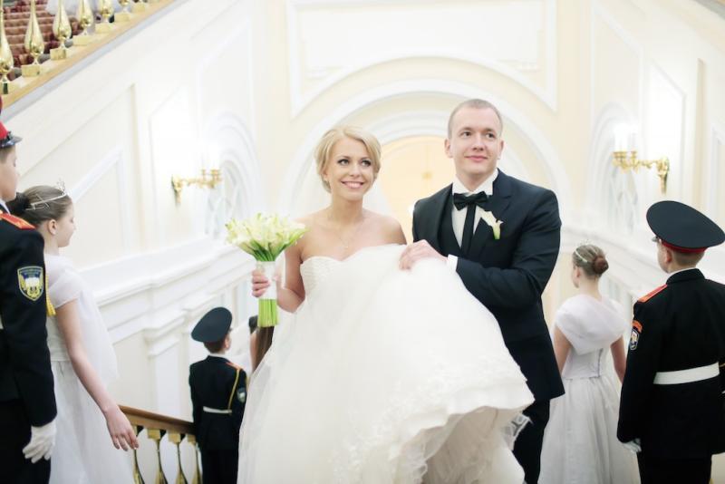 ЗАГСы Москвы поженили более 66 тысяч пар за девять месяцев